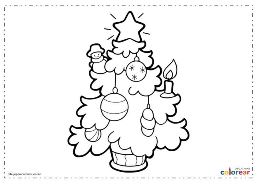 Árbol de Navidad con bolas y una estrella