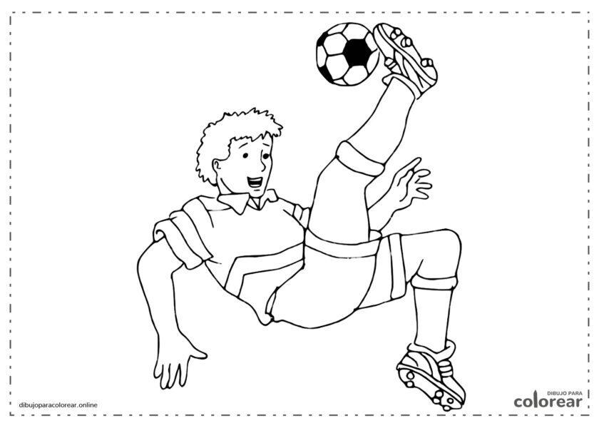 Jugador de fútbol rematando de chilena