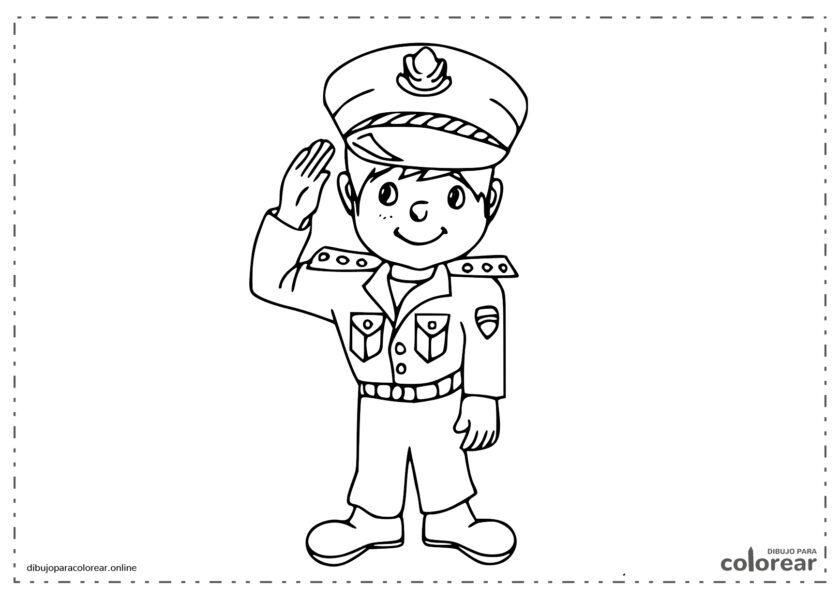 Policía local dirigiendo el tráfico de la ciudad