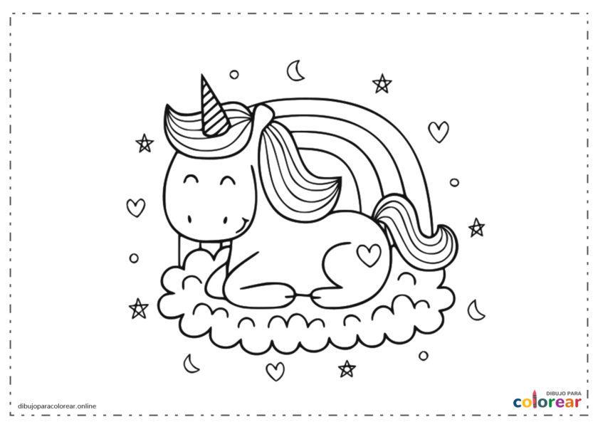 Unicornio sobre una nube y con arco iris