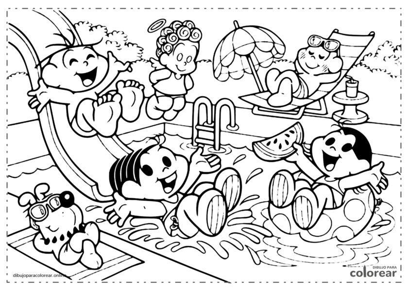 Mónica y sus amigos en la piscina en verano